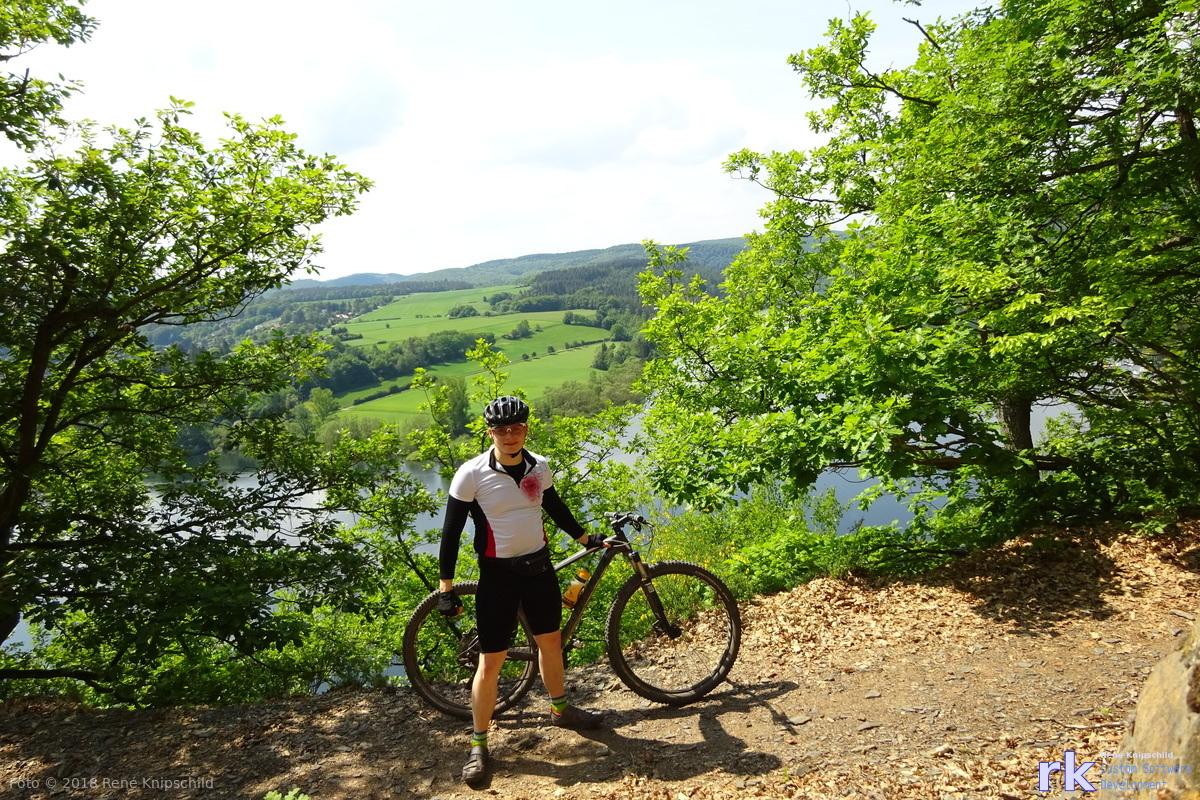 René Knipschild auf einem coolen MTB-Trail